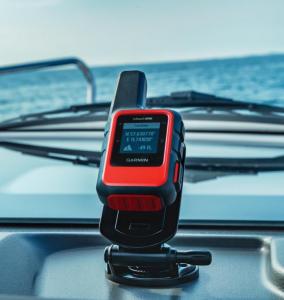 Confiança total também em alto mar com o Garmin inReach® Mini Pack Náutico